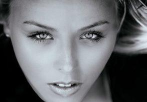 Brad Model Melissa