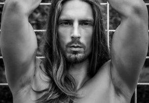 Brad Model Alain